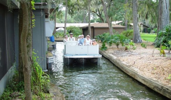 Scenic Boat Tour Winter Park Florida Boat Ride Chain